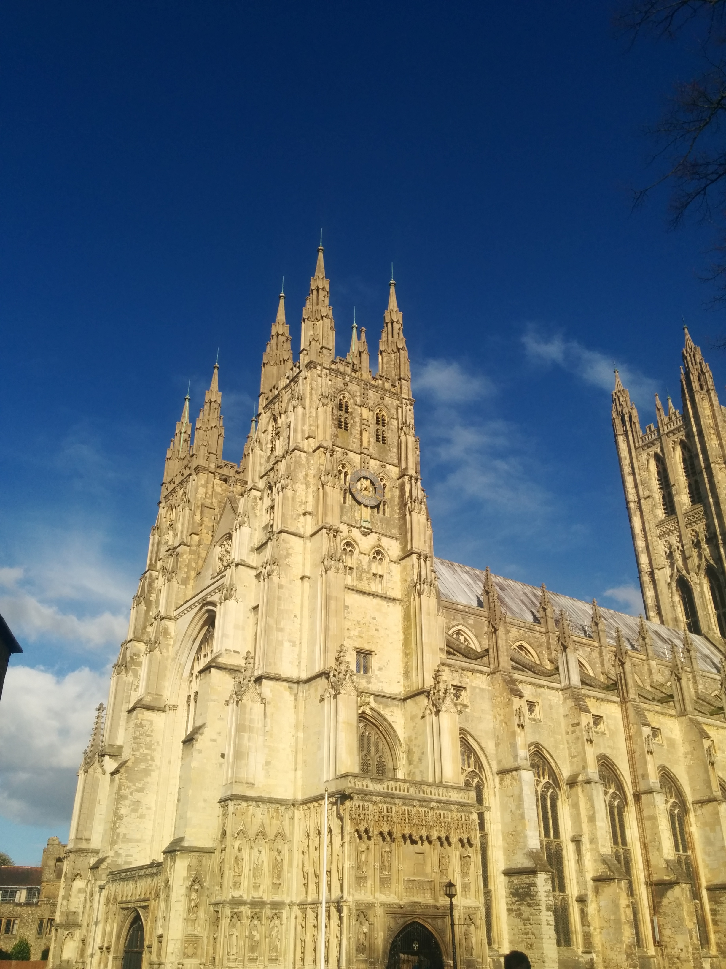 Canterbury – Out of London